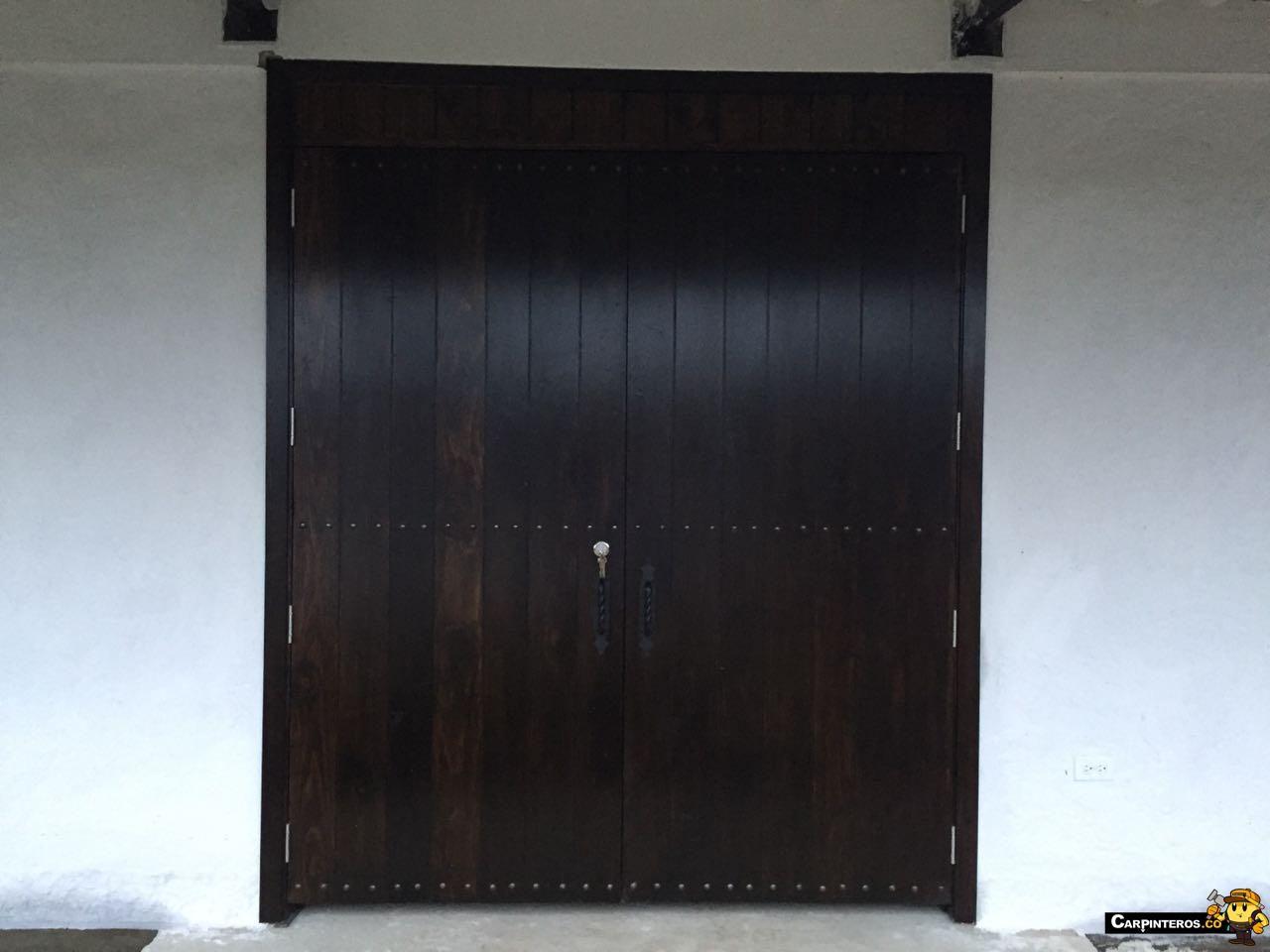 diferencia entre puerta maciza y puerta entamborada