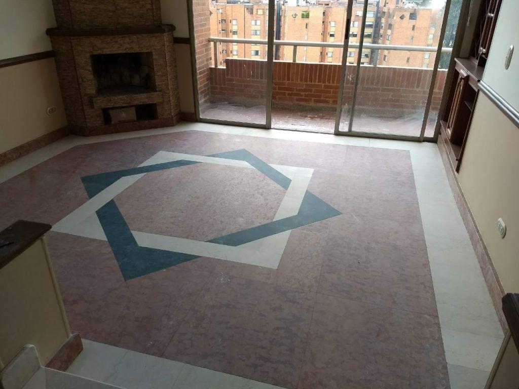 Pulido de piso mármol antes