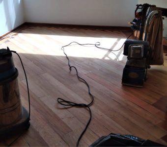 Mantenimiento y pulido de pisos de madera en Bogota (1)