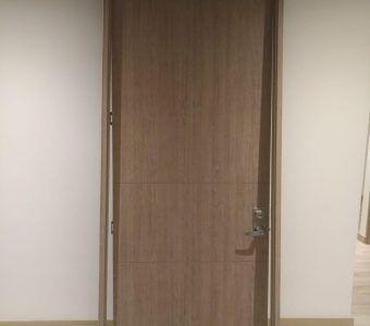 Puerta para interior con marco